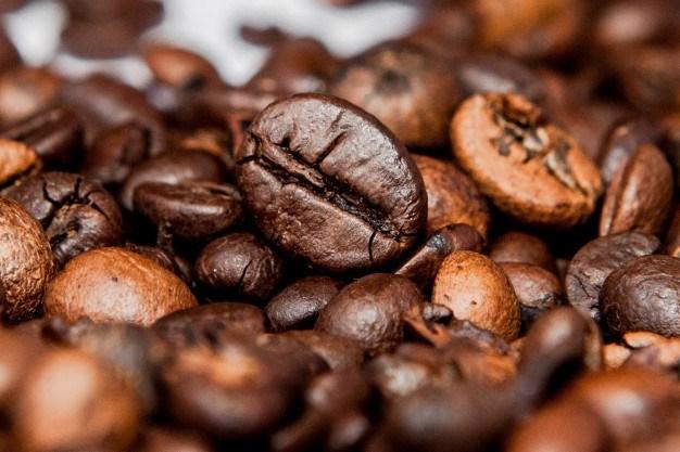 TT cà phê ngày 24/3: Giá hai sàn thế giới đảo chiều lao dốc