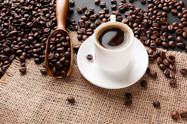 TT cà phê ngày 18/3: Giá giao dịch quanh mức 32.100 – 33.000 đồng/kg