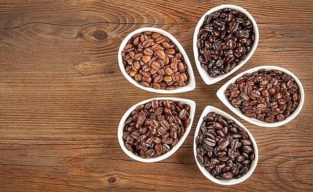 TT cà phê ngày 16/10: Giá tại Tây Nguyên giao dịch ở 31.200 – 31.600 đồng/kg