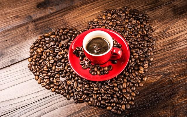 Giá cà phê hôm nay 09/9: Hai sàn giao dịch thế giới bao trùm sắc đỏ