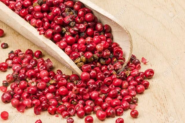 TT hạt tiêu ngày 24/12: Giá ở quanh mức 52.000 – 54.500 đồng/kg