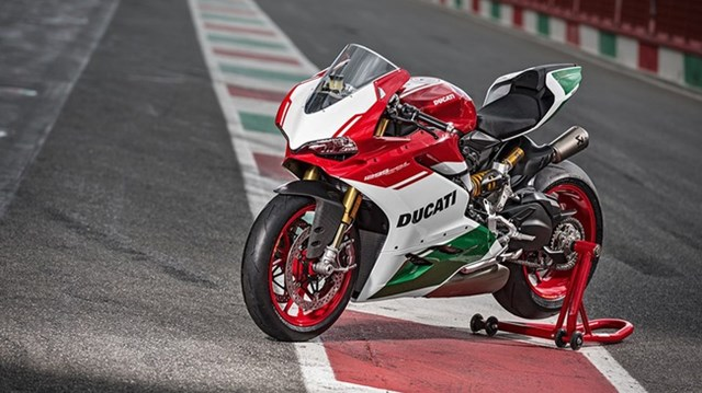 Ducati trình làng phiên bản cuối cùng của dòng 1299 Panigale với giá hơn 1 tỷ Đồng