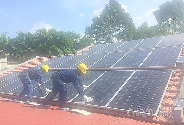 TP. Hồ Chí Minh: Tiềm năng phát triển điện mặt trời trên mái nhà còn rất lớn