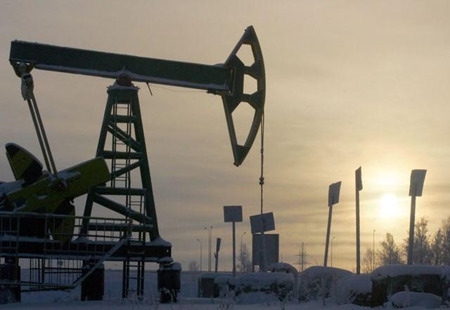 Sản lượng dầu của Nga giảm xuống mức thấp nhất 3 năm