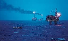 TT dầu TG ngày 15/2: Giá giảm do nghi ngờ việc tuân thủ cắt giảm sản lượng sẽ kéo dài