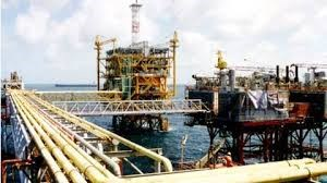 TT dầu TG ngày 16/5: Giá dầu tăng do dự đoán cắt giảm nguồn cung được kéo dài