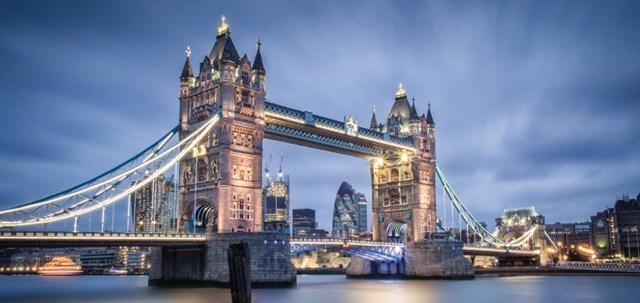 Kinh tế Anh giảm kỷ lục 5,8% trong tháng 3/2020 do ảnh hưởng của Covid