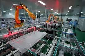Hoạt động sản xuất của Trung Quốc trong tháng 12 tăng chậm hơn nhưng niềm tin tăng