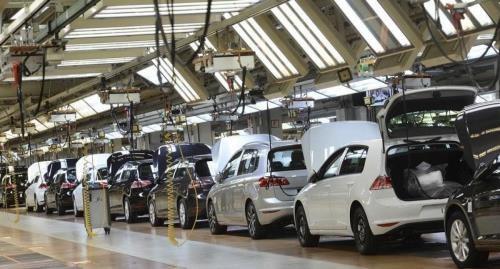 Sự phục hồi sau bão giúp thúc đẩy doanh số bán ô tô mới của Mỹ trong tháng 9