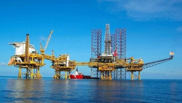 Năm 2015, PVN có thể hụt thu 163.000 tỷ đồng vì giá dầu trượt dốc