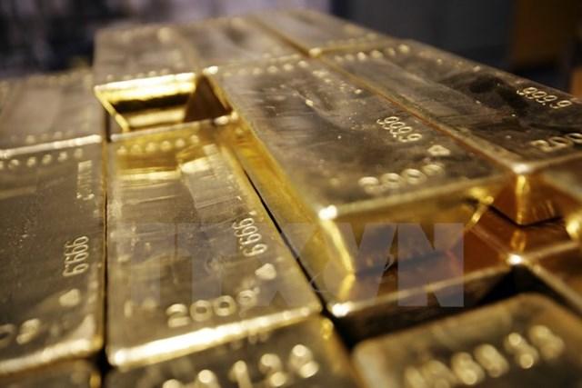 Giá vàng thế giới đi xuống trong bối cảnh đồng USD phục hồi