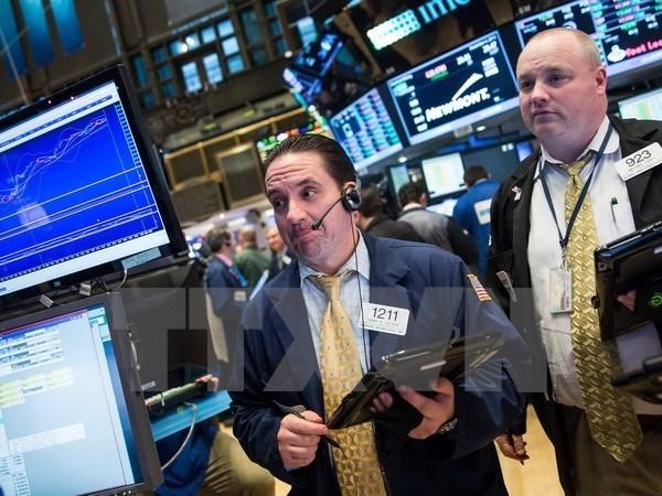 Thị trường dầu mỏ khởi sắc kéo chứng khoán toàn cầu tăng điểm