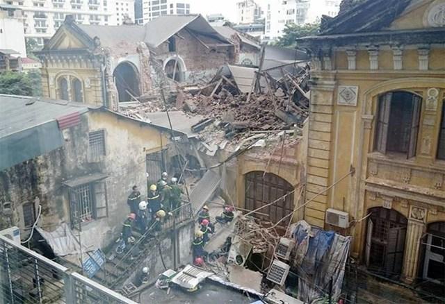 Vụ sập nhà cổ: Hà Nội vội kiểm tra chất lượng những nhà chưa sập