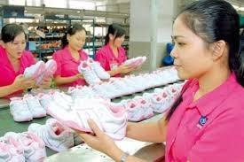 DN da giày:  Định hướng liên kết chuỗi và phát triển sản phẩm mới giá trị cao