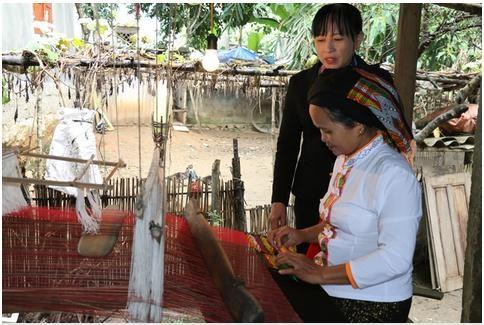 Nghệ An: Khôi phục và phát triển nghề dệt thổ cẩm Thái