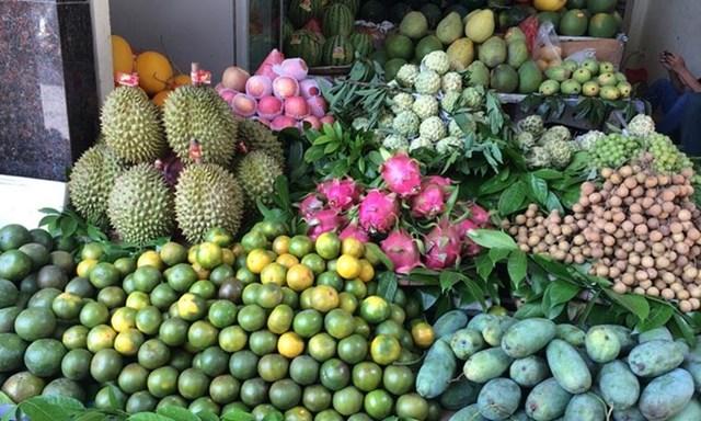 TT thực phẩm ngày Rằm tháng Bảy: Hàng nội địa chiếm thị phần lớn, giá ở mức cao