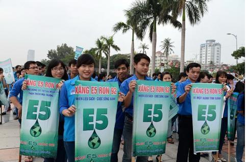Đẩy mạnh tuyên truyền sử dụng nhiên liệu sinh học