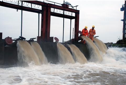 Đảm bảo điện cho 1.972 trạm bơm lấy nước phục vụ gieo cấy vụ Đông Xuân 2018