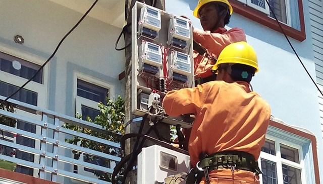 Giá điện chính thức tăng thêm 144 đồng/kWh từ 20/3