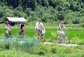 Khách Trung Quốc, Hồng Kông đến Việt Nam tăng mạnh trong tháng 7
