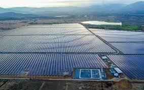 Cụm nhà máy điện mặt trời 330MWP lớn nhất Đông Nam Á  hòa lưới điện Quốc gia