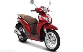 Giá xe máy tay ga tăng ồ ạt những ngày cận Tết