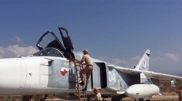Nga ngầm chấp thuận các cuộc không kích của Israel tại Syria