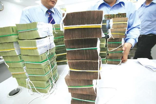 Bộ Tài chính muốn vay 30.000 tỷ đồng: Vì chi quá nhiều?