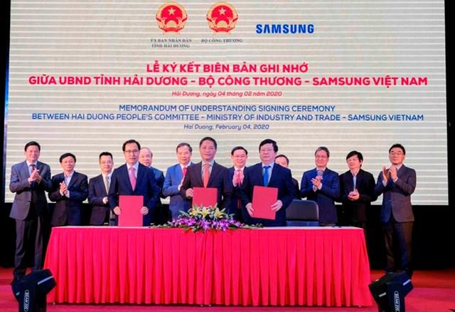Ký kết Biên bản ghi nhớ cho doanh nghiệp Việt Nam trong lĩnh vực công nghiệp hỗ trợ