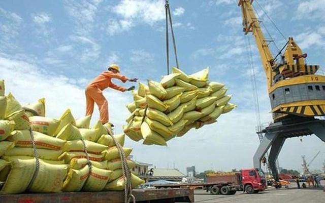Bộ Công Thương bám sát thực tiễn tại cơ sở trong điều hành xuất khẩu gạo