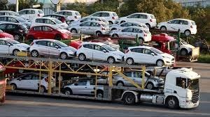 Lượng ô tô nhập khẩu giảm hơn 36% trong 4 tháng đầu năm