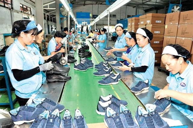 Hơn 40 doanh nghiệp da giày tham gia Triển lãm về công nghiệp hỗ trợ và chế biến