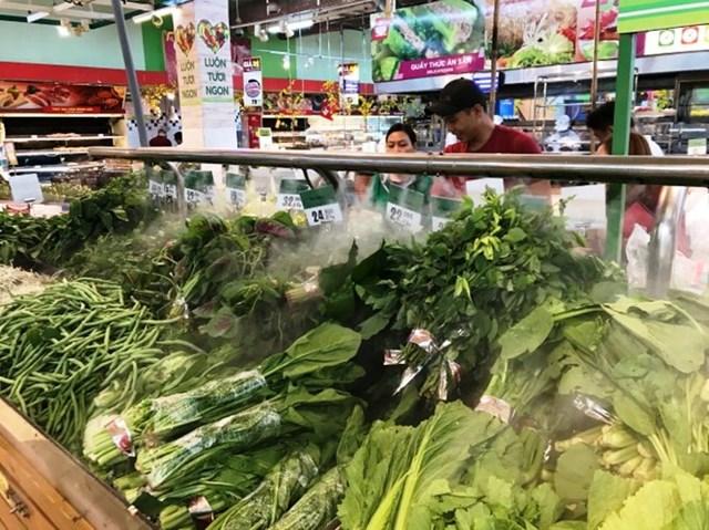 Giá thực phẩm rau quả ngày 6/4: Giá rau xanh quay đầu giảm