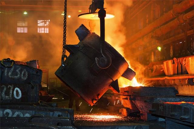 TT sắt thép thế giới ngày 20/21/2021: Giá quặng sắt tăng hơn 3%