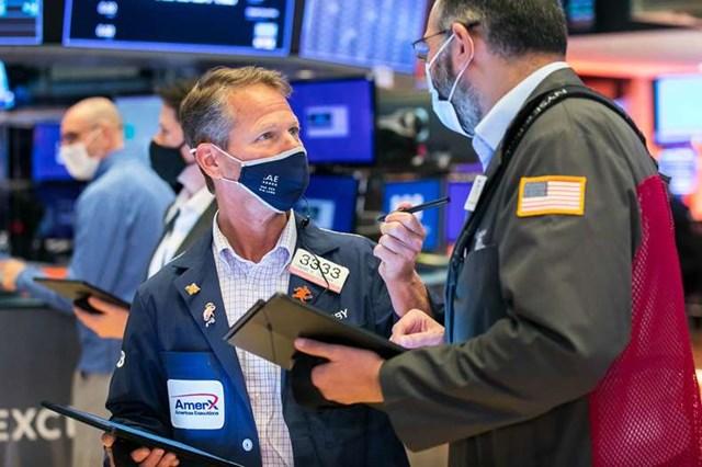 Chứng khoán Mỹ ngày 25/6: S&P 500 ghi nhận mức cao kỷ lục