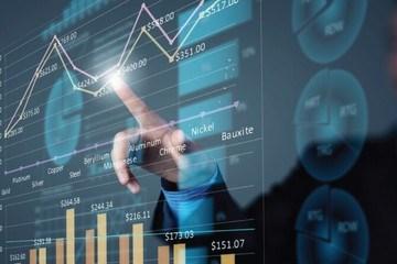 VN-Index đạt thanh khoản kỷ lục trong 6 tháng đầu năm và xác lập mức cao mới trong phiên đầu tháng 7