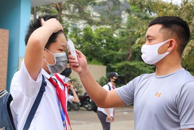 Từ 10/7: Đề xuất cho học sinh Hà Nội đi học trở lại