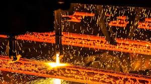 Chính phủ Trung Quốc ngày 7/7 gia tăng kiểm soát sản lượng sắt thép