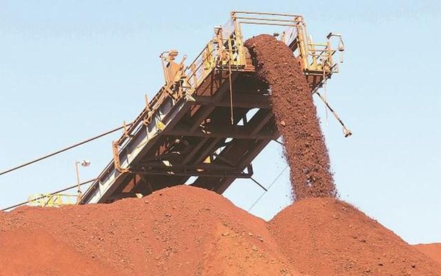 Trung Quốc giảm mạnh nhập khẩu quặng sắt