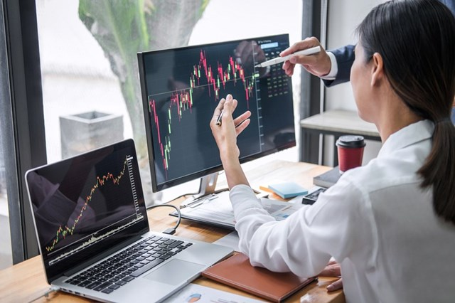 Thị trường chứng khoán châu Á phiên 16/8 đồng loạt giảm