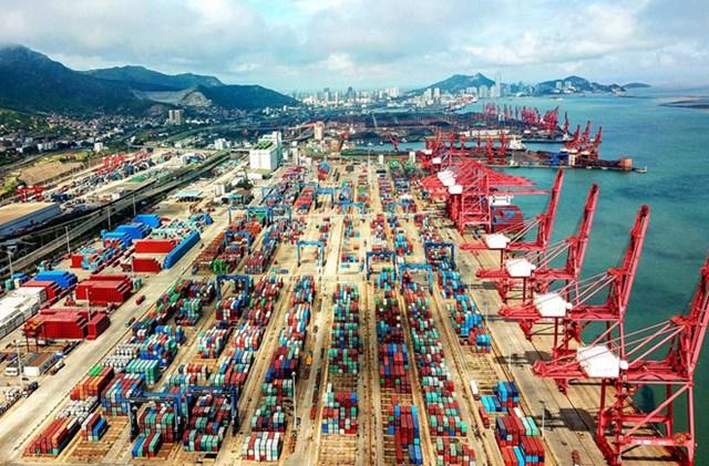 Xuất khẩu của Trung Quốc trong tháng 8 tăng mạnh