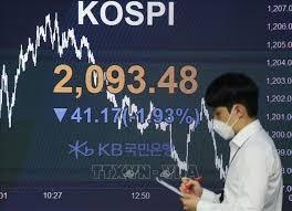 Chứng khoán châu Á ngày 13/9 diễn biến trái chiều, thị trường Hong Kong giảm mạnh