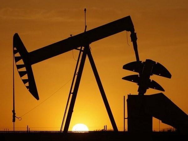 """Giá dầu thấp - """"con dao hai lưỡi"""" đối với kinh tế thế giới"""