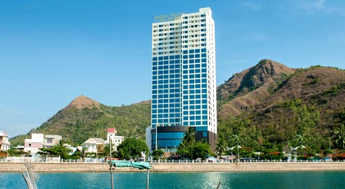 Kiểm tra dự án 48 tầng của Mường Thanh gần biển Nha Trang