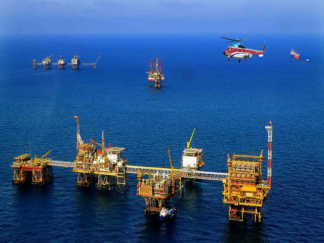 TT năng lượng TG ngày 5/10/2020: Giá dầu tăng, khí tự nhiên giảm