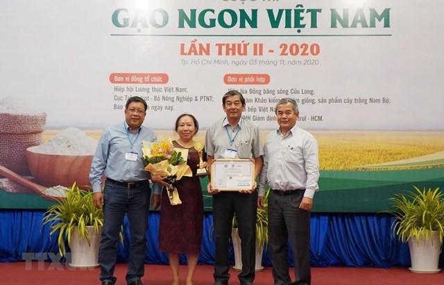Gạo ST25 giữ vững danh hiệu gạo ngon nhất Việt Nam