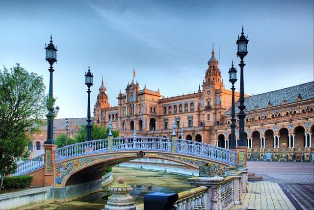 Điện thoại và linh kiện chiếm 33,40% tổng XK sang Tây Ban Nha
