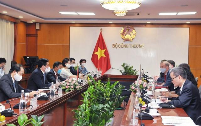 Việt Nam luôn định hướng phát triển ngành năng lượng một cách bền vững