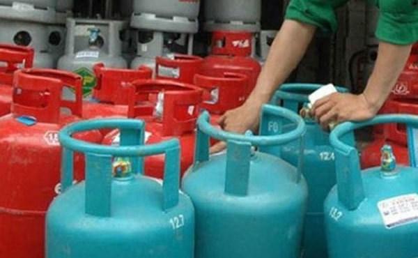 Giá gas tăng mạnh, vượt 400 nghìn đồng/bình