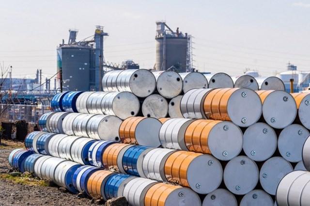 Dự trữ dầu thô Mỹ giảm, tồn kho xăng tăng
